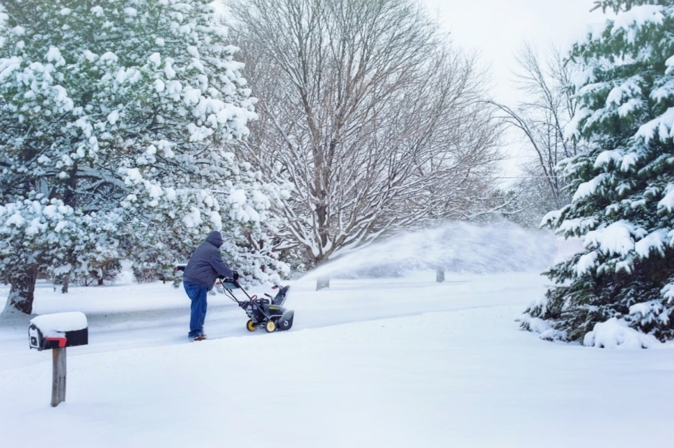 Best Electric Snow Blower For Heavy Snow Pro Tips for Dealing With Heavy Snow
