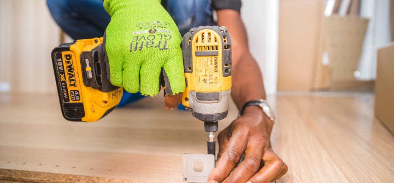 10 Best Cordless Drills for Woodworking in 2021